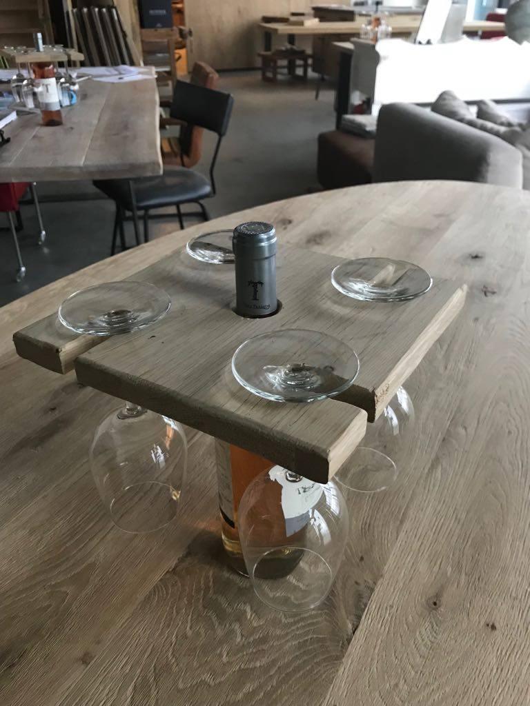 wijnglashouder